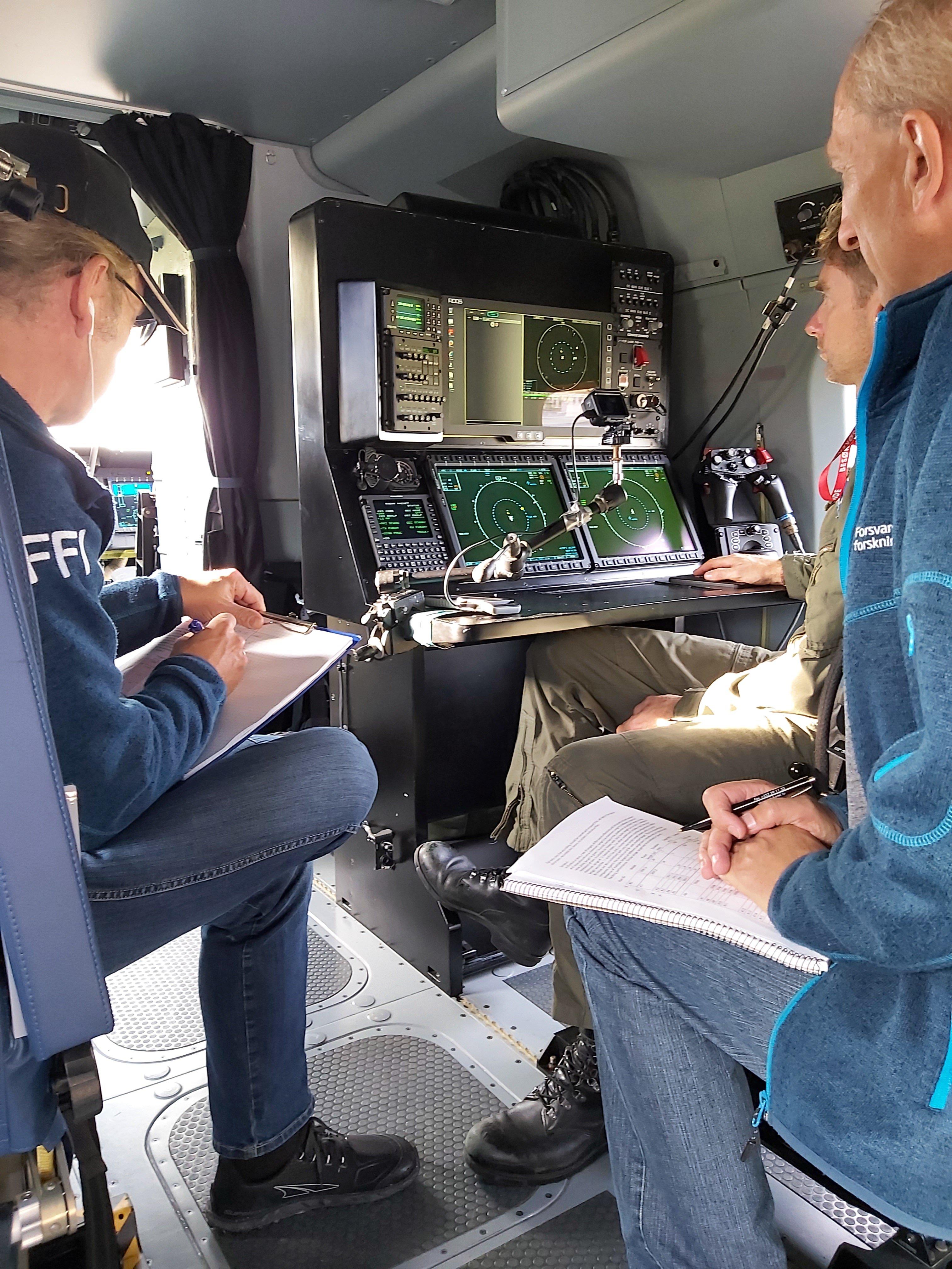 Forskere tester radarytelsen på de nye redningshelikoptrene.
